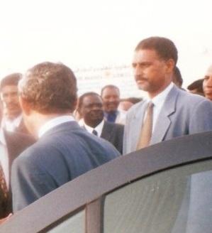 الحارس الشخصي لولد الطايع ينضم لفرق حراسة مراكز وكالة الوثائق المؤمنة في نواكشوط