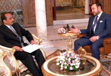اللقاء الوحيد بين ملك المغرب وولد عبد العزيز يوم كان قائدا للأمن الرئاسي وقد جرى في الرباط